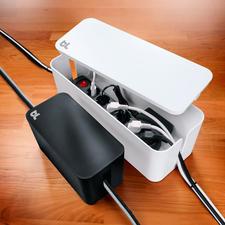 """CableBox™ compact of CableBox™ - """"CableBox™"""" laat storende stekkerdozen decent verdwijnen. In 2 kleuren en 2 afmetingen."""