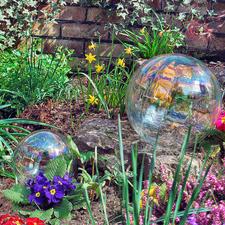 Zeepbel-bol - Prachtige zeepbellen die nooit kapot knappen – van iriserend glas. Voor binnen en buiten.