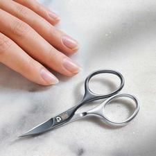 Zelfscherpend manicureschaartje - Precies, sterk en zeer duurzaam.