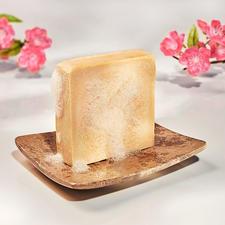 Melkzeep, set van 2 - Verwennend als een luxueus melkbad. Handgemaakt en 100 % parfumvrij.