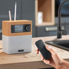 Onbegrensd luisterplezier tijdens het koken, het badderen,... dankzij de waterdichte afstandsbediening (IPX7).