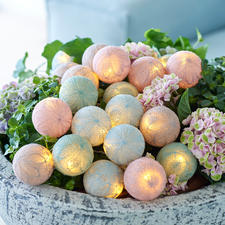 Bolette-Mini - De chique bloemmotieven van het lichtsnoer zijn gemaakt van fijn gesponnen, gedraaid garen.