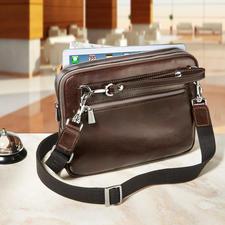 De 80cm lange schouderriem verandert de tas in een handomdraai in een stijlvolle crossbodytas.