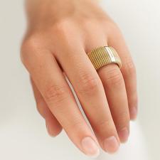 3D-ring - Bijzonder expressief, verrassend licht.