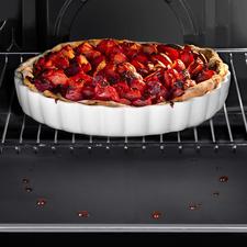 De ovenmatten zijn probleemloos op elke gewenste maat te snijden. Voor een oven van 90 cm neemt u gewoon beide matten en laat deze iets over elkaar vallen.