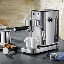 WMF espressoapparaat Lumero - Professionele thermoblock-technologie. Heel gemakkelijk te bedienen. Stijlvol design van edelstaal.