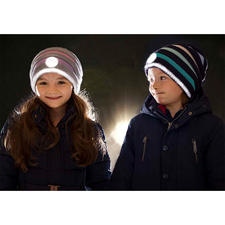 Twinkle Kid® reflector-beanie - Veilig en cool: de trendy gebreide beanie-muts met helder lichteffect.