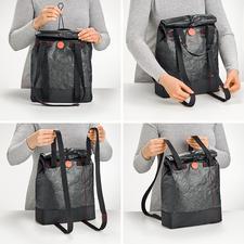 Door één keer te trekken aan de hengsels kunt u de lunchbag veranderen van een schoudertas in een rugzak en omgekeerd.