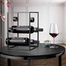Design-wijnkubus - Drie trends in één: zwart staal, puristisch design, geometrische vorm.