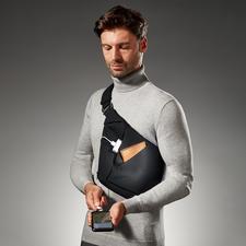 Baggizmo crossbody-tas - Stijlvol en zelfs wanneer hij geheel gevuld is nog smal en plat. Ook perfect onder een jas(je) of blazer.