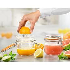 Citruspers met glazen bewaarfles - Zonder druppels. Zonder morsen. En steeds een voorraadje vers geperst sap in de koelkast.