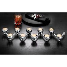Helemaal uitgerekt is de kaarsenstandaard ideaal voor op een feestelijk gedekte tafel of kastje, of als sfeervol accessoire bij het raam.