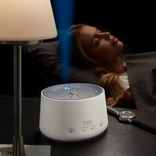 Slaaphulp - Sneller in slaap vallen. Op natuurlijke wijze – met rustgevende licht- en geluidscomposities. Voor volwassenen en kinderen.