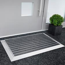Elegante aluminium deurmat - Zelfs tegen het grofste vuil onverbiddelijk. Een aankoop die tientallen jaren meegaat.
