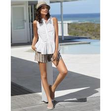 TWINSET blouse-tanktop of linnen short - Zelden is een sportieve, trendy combi zo stijlvol, vrouwelijk en volwassen. Van TWINSET, Milaan.