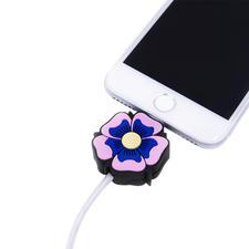Led-oplaadkabel met motief, Flower Power - Het perfecte cadeau voor alle Apple-fans: oplaadkabel met motief en lichteffect. Van Iphoria.