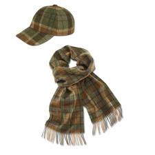Geruite sjaal of pet van lamswol - De baseballpet van de gentleman – met passende sjaal. Van de traditieonderneming John Hanly & Co, sinds 1893.