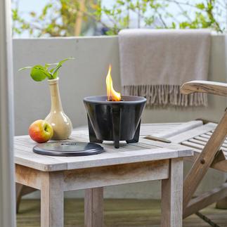 Smeltvuur met afdekplaat Krachtig oplaaiende vlammen – zelfs van kaarsenresten. Het hele jaar door geschikt voor buitengebruik.
