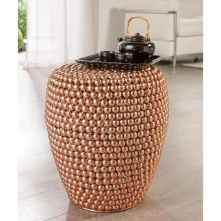Dot Stool Copper Helemaal hip in trendy koper. Handgemaakt van honderden bolletjes van metaal. Elk exemplaar is daardoor uniek.