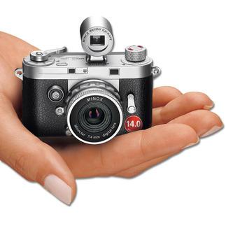 MINOX DCC 14.0 De retro-camera met moderne digitale technologie. Een meesterwerk van mechanische precisie. Van MINOX.