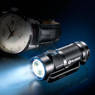 Lamp Olight™ S1 Baton Heel klein, maar met een enorm lichtvermogen.  4 verlichtingsstanden. Zelfs klein genoeg voor de broekzak.