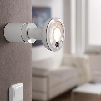 Led-Smartlight met IP-camera Een led-spot met afstandsbewakingscamera. Dubbel zo handig. Voor binnen en buiten.