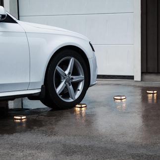 Solar-grondlamp Driveway, set van 4 Met deze grondlampen kunt u de oprit naar de garage, de trap of het voetpad markeren.