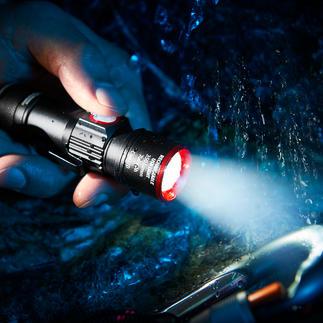 Compacte zaklamp Eco Beam Pro 350 lumen sterk. 3 lichtmodi met zoomfunctie. Met USB-oplaadfunctie.
