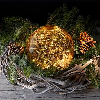 Glazen bal met micro-leds Een fijne magische licht, gevangen in getint glas.