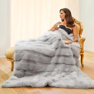 Angorazachte deken van imitatiebont Luxueuze deken van imitatiebont. Met lang- en kortharig streepdessin. Heerlijk zacht, vederlicht en poolvast.