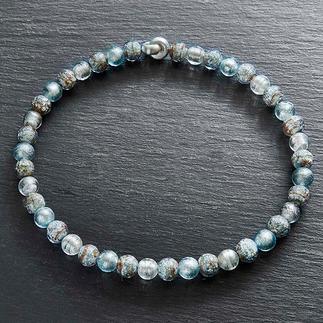 Collier van Muranoglaskralen Venetiaanse pracht: glanzend witgoud, ingesloten in luxueuze kralen van Muranoglas.