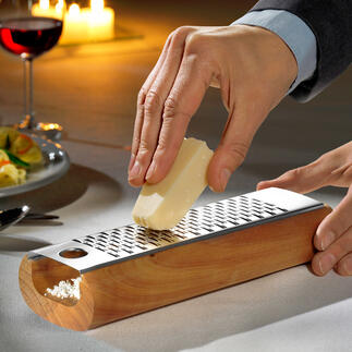 Design-kaasrasp De betere manier om kaas te raspen: zonder kruimels en klaar om te serveren.