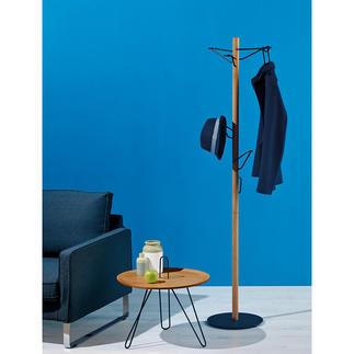 Staande kapstok Eindelijk een smalle staande kapstok waar u zelfs veel kleding op kleerhangers aan kunt hangen.