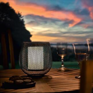 Meshlamp Zo sfeervol als een windlicht: ledlamp in trendy meshdesign.