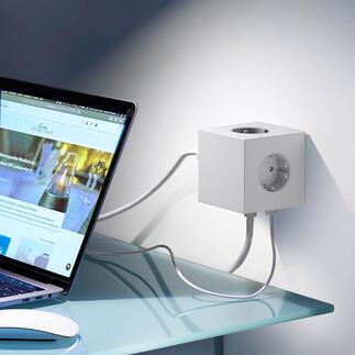 Design-kubusstekkerdoos Square Bekroond ontwerp maakt een einde aan stoffige stekkerdozen en in elkaar gedraaide kabels.