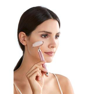 Trillende rozenkwartsroller Effectief, vitaliserend en ontspannend tegelijk. Ook ideaal voor het inmasseren van serums, crèmes en de verzorgende ingrediënten van populaire velmaskers.