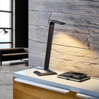Design-tafellamp van hout Minimalistisch design combineert state-of-the-art technologie met vakmanschap en fijn natuurlijk hout. Bekroond met de Green Product Award 2021*.