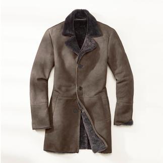 Lange jas van merino-lamsvacht Zijdezachte merino-lamsvacht uit Spanje. Meesterlijk verwerkt in Turkije.