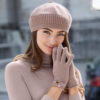 Muts, Handschoenen of Sjaal van kasjmier Praktisch, trendy en van puur kasjmier. Baret, sjaal en handschoenen van Johnstons, Schotland.