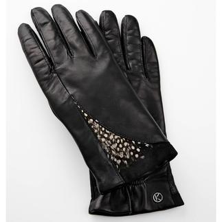 Otto Kessler handschoenen met veren Catwalk-trendʽveren'. Bijzonder mooi op fijne leren handschoenen. Van Otto Kessler.