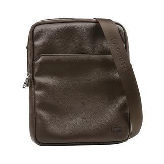 Lacoste cross-body bag Bijzonder: kleine cross-body bag in trendy look. Van Lacoste, Frankrijk.