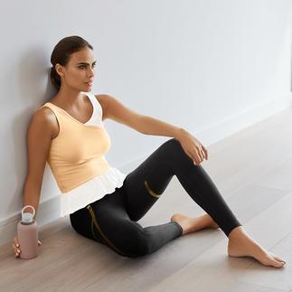 Mandala top in laagjes-look of legging met goudkleurige print Comfortabel genoeg voor yoga, tai chi en om thuis te dragen. Loungewear-combinatie van Mandala, München.