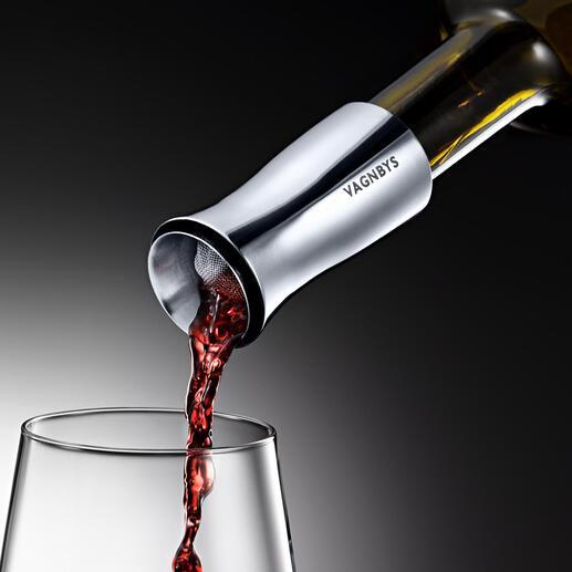 Wijndecanteertuit Vagnbys Met druppelvrije 360°-schenktuit, filterzeef en luchtdichte stop.