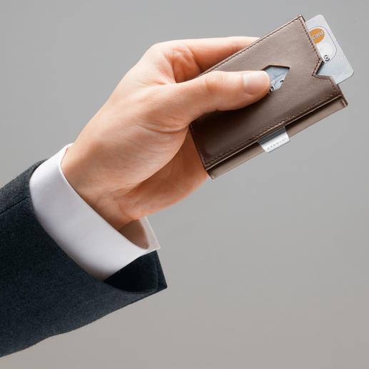Dankzij de pijlvormige schuifvensters zijn de 2 belangrijkste kaarten direct binnen handbereik.