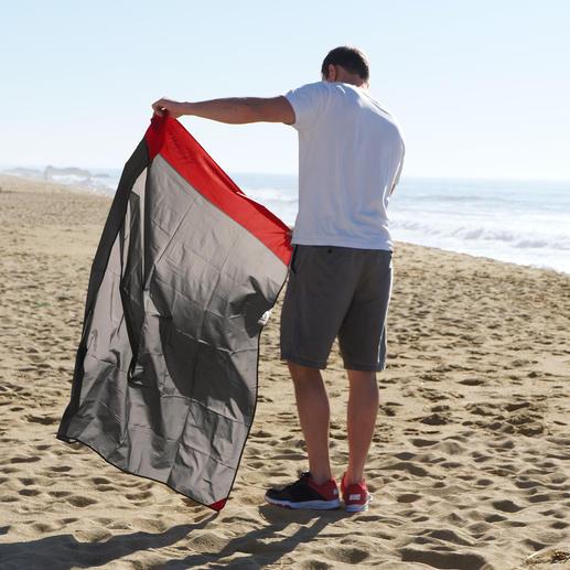 Voor aan het strand of in de bergen, bij nat of zonnig weer: deze deken is ideaal voor uitstapjes.