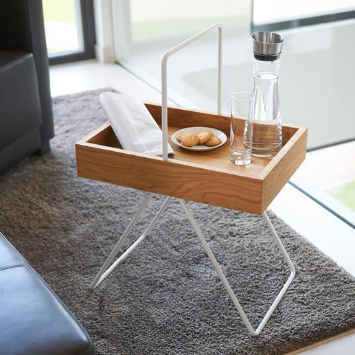 Dientafeltje 'Emil' Trendy retro-design, onderscheiden als 'FORM 2017'. Van hoogwaardig eikenhout en aluminium.