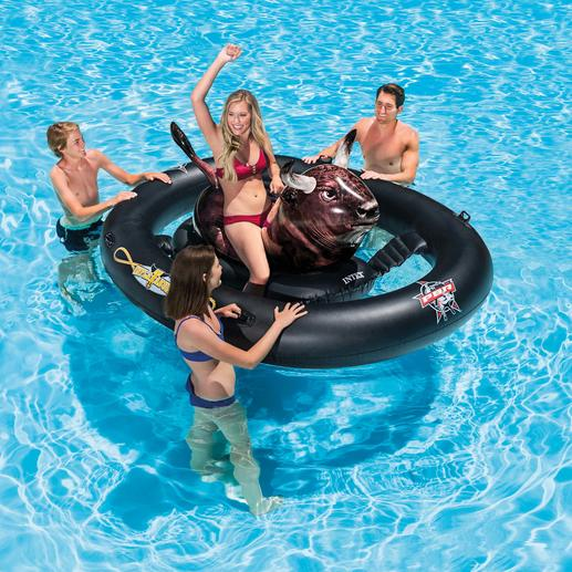 Opblaasbare rodeostier 'Inflatabull' - Maak vanaf nu ook in het water plezier met de rodeostier.