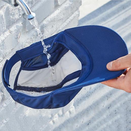 Doordrenk het vlies met water– de verdamping zorgt voor het verkoelende effect.