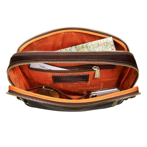 Handig voor smartphone, zonnebril, sleutels, portemonnee etc.
