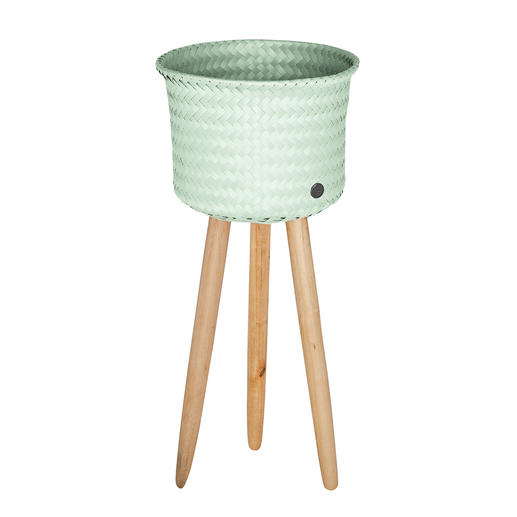 Mand met poten - Deze nieuwe manden zijn heel veelzijdig: ideaal voor planten, lectuur, accessoires of plaids.
